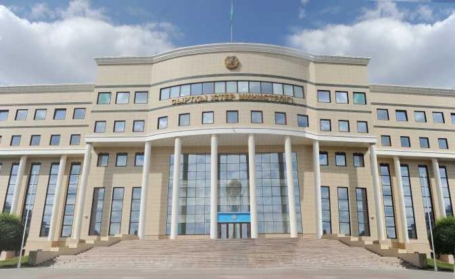 Казахстан не ведет переговоров по отправке военных в Сирию - МИД РК