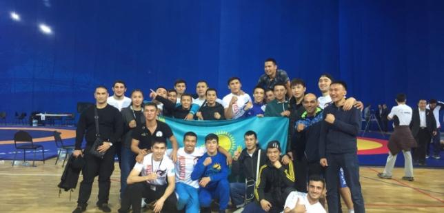 Казахстан завоевал второе общекомандное место на ЧМ по панкратиону