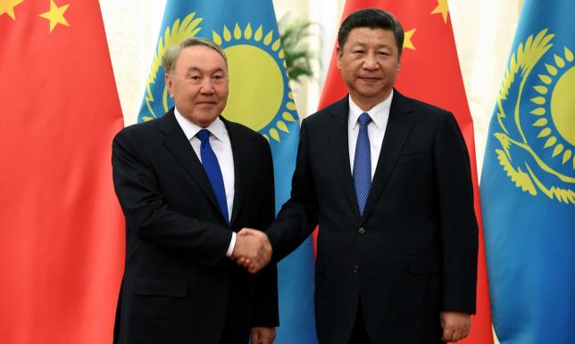 Глава государства провел встречу с Председателем КНР