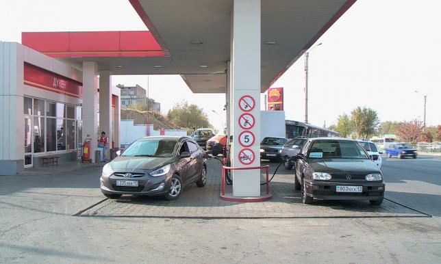 Бензина АИ-92 не хватает в Южно-Казахстанской области