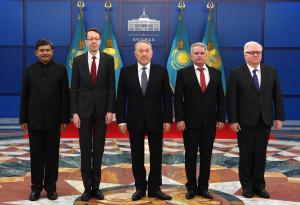 Нұрсұлтан Назарбаев шетел елшілерінен сенім грамоталарын қабылдады