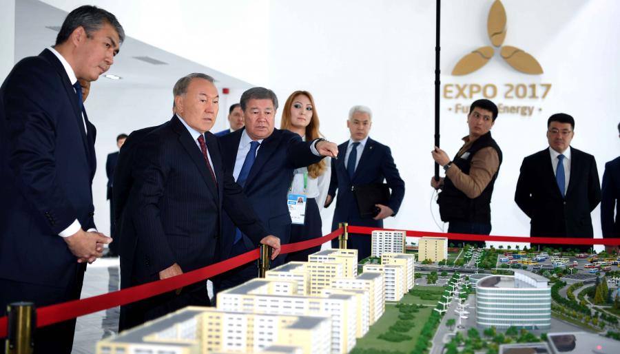 Н.Назарбаев оценил готовность объектов EXPO к началу выставки