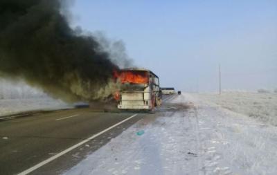 МЧС Узбекистана подтвердил гибель 52 своих граждан в сгоревшем автобусе в Казахстане
