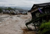 Число жертв ливней на юго-западе Японии выросло до 18
