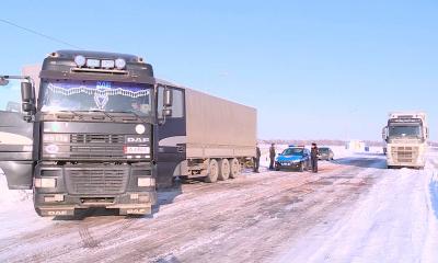 Из-за аномальных морозов отменили занятия в школах Алматы и ЮКО
