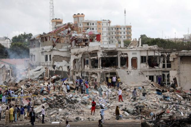 Число жертв взрыва в столице Сомали выросло до 276