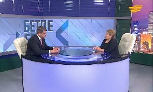 «Бетпе-бет». Вице-министр образования и науки РК Эльмира Суханбердиева