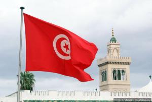 Тунисте төтенше жағдай 3 айға ұзартылды