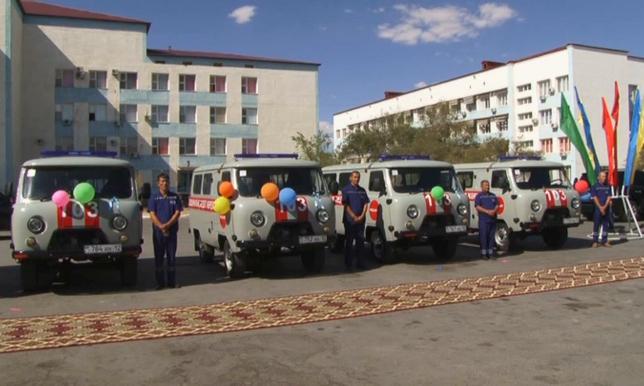 В Жанаозене получили 6 новых автомобилей скорой неотложной медицинской помощи