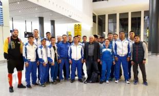 Қазақ боксшылары Германияда өтетін әлем чемпионатына аттанды