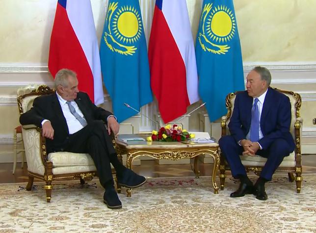 Глава государства встретился с Президентом Чешской Республики