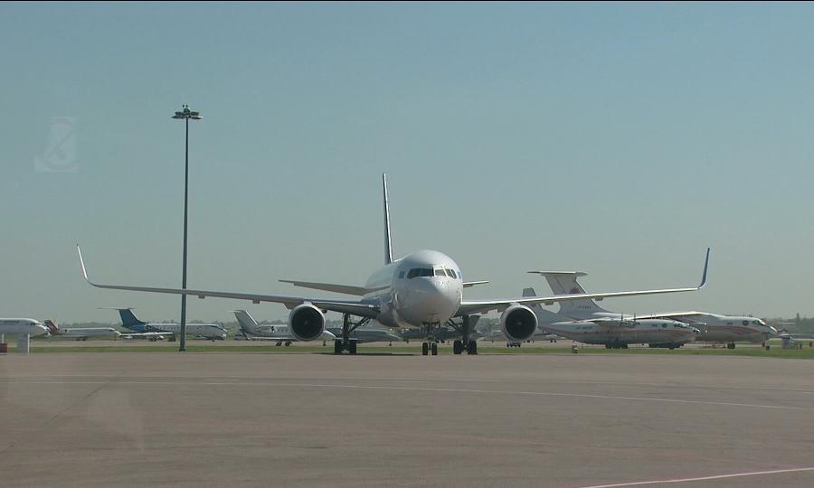 Крупнейшие авиакомпании Казахстана заявили о критической ситуации с авиатопливом