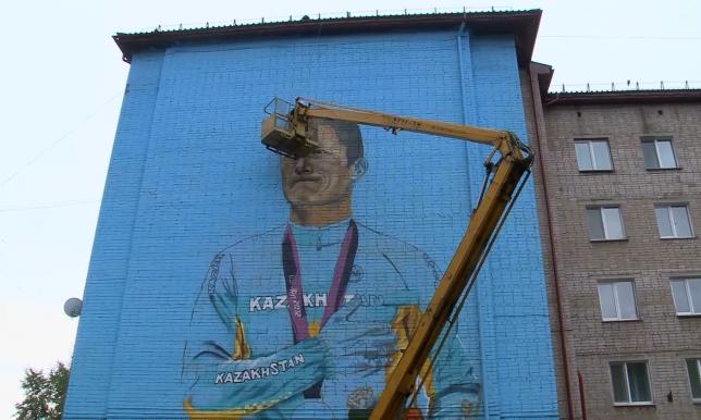В Петропавловске портреты знаменитых земляков украсят фасады высотных зданий