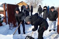 Астаналық жастар ардагерлерге көмек көрсетуде