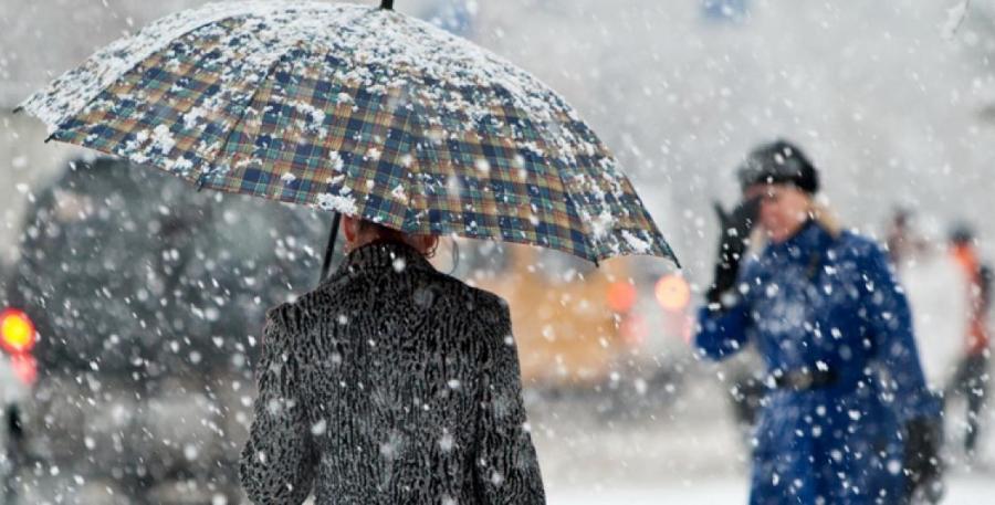 Снег, метель и туман ожидается на большей части территории страны