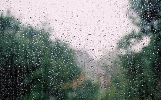 На большей части страны ожидаются дожди и усиление ветра