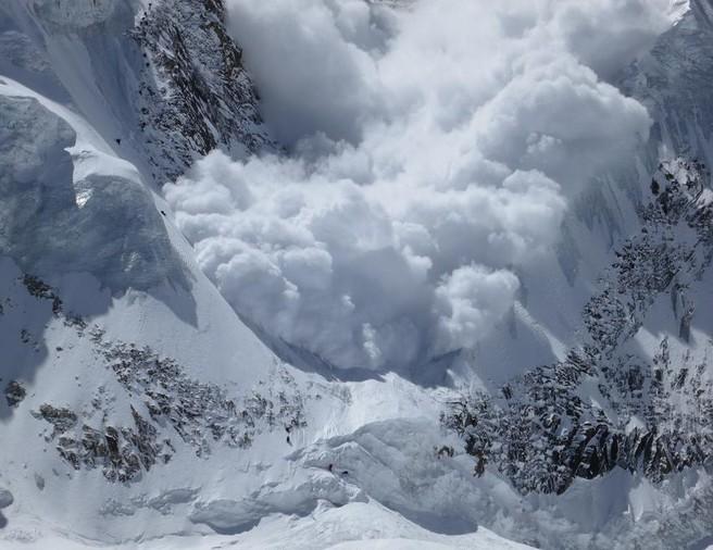 В результате схода лавины в ущелье Коксай Жамбылской области погибли 7 человек