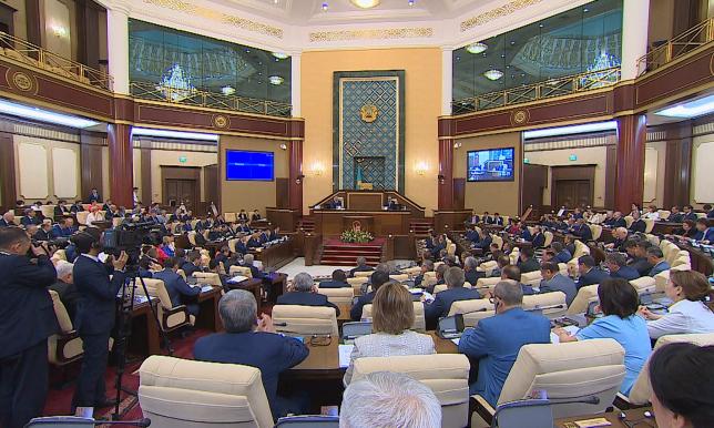 Парламент утвердил отчеты Правительства и Счетного комитета по бюджету 2016 года