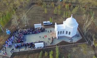 Мавзолей Ыбырая Алтынсарина открыли после реконструкции
