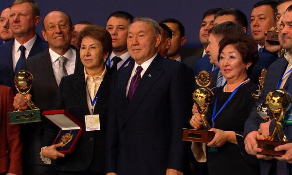 Определены победители премии «Алтын сапа» и «Парыз»