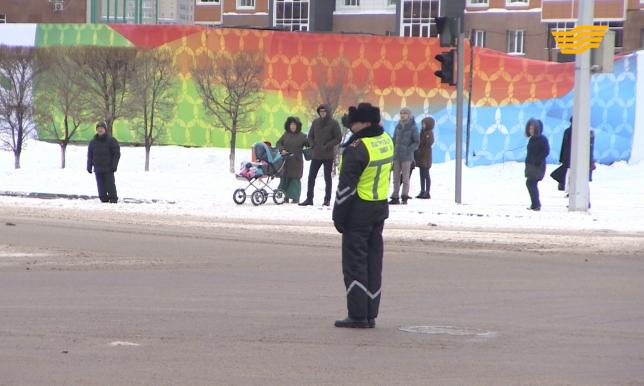 Полицейские РК через несколько месяцев получат новые жилеты для регулировки движения жестами