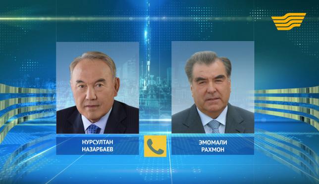 Глава государства провел телефонный разговор с Президентом Таджикистана Эмомали Рахмоном