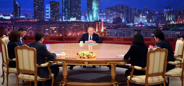 Глава государства провел встречу с представителями отечественных и международных СМИ
