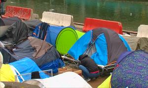 Франциядан баспана сұраған босқындар саны рекордтық көрсеткішке жетті
