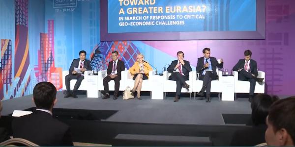 Участники АЭФ обсудили перспективы развития Большой Евразии