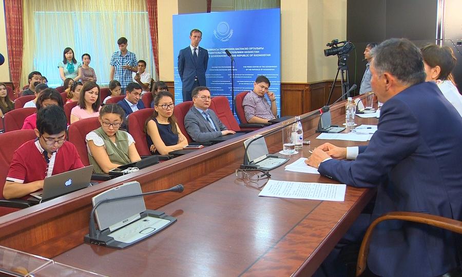 Новые правила учебы ждут казахстанских школьников