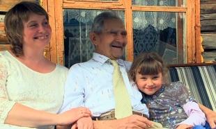 В Усть-Каменогорске ветеран ВОВ открывает персональную выставку картин