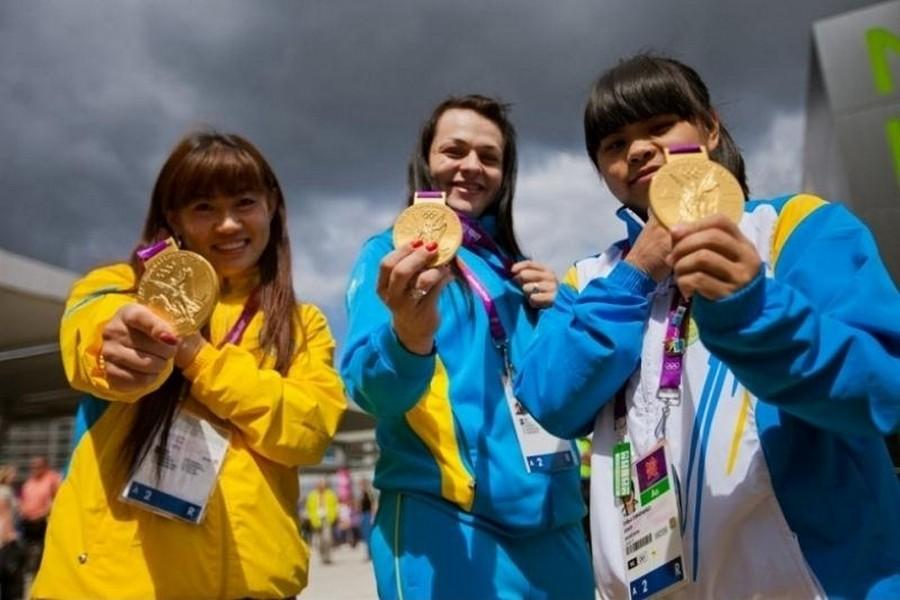 МОК лишил четырех казахстанских спортсменов олимпийских медалей