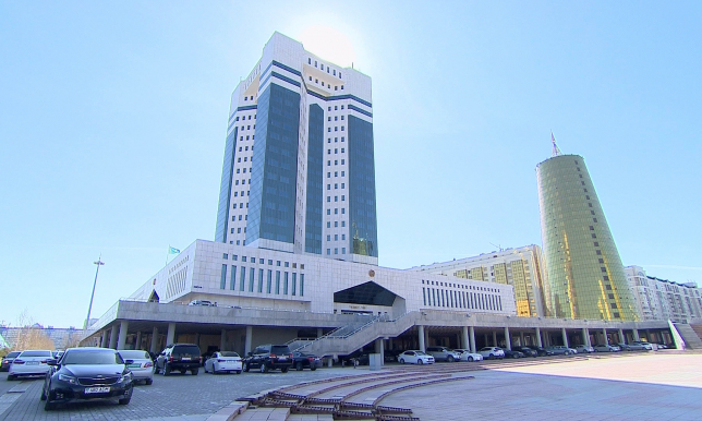 Итоги социально-экономического развития страны обсудит Правительство РК