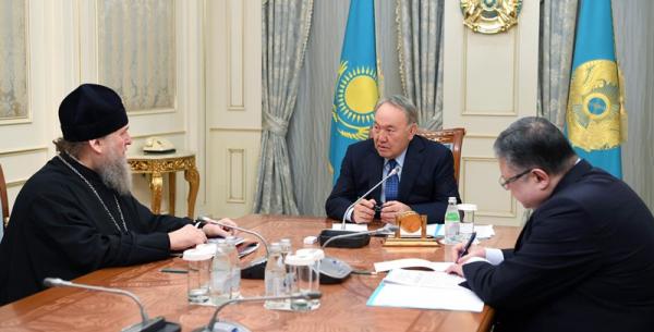Президент Казахстана провел встречу с митрополитом Астанайским и Казахстанским Александром