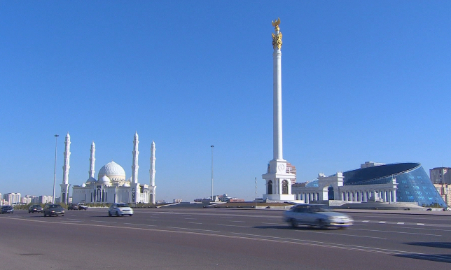Теплая и дождливая погода ожидается в Казахстане в ближайшие дни