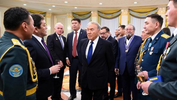 Президент РК вручил государственные награды за вклад в развитие страны