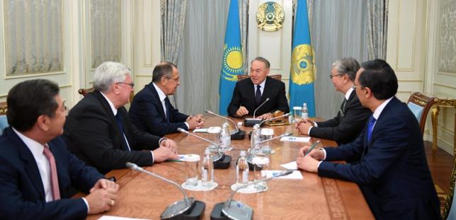 Глава государства провел встречу с выпускниками МГИМО