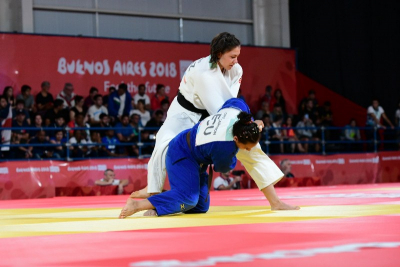 Гриценко и Садуакас гарантировали Казахстану медали
