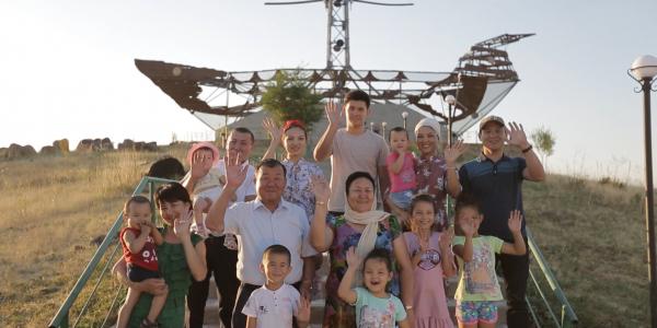 «Мерейлі отбасы-2018» Түркістан облысы, Момыновтар отбасы