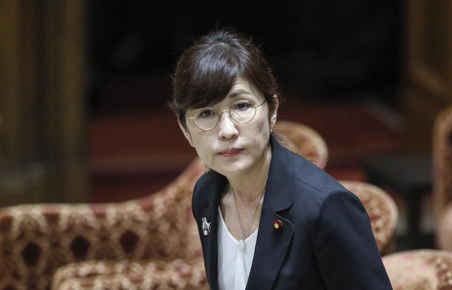 Министр обороны Японии Томоми Инада ушла в отставку