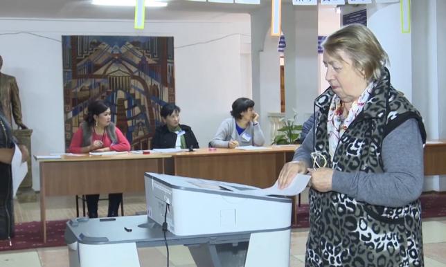 Новоизбранный президент Кыргызстана вступит в должность 1 декабря