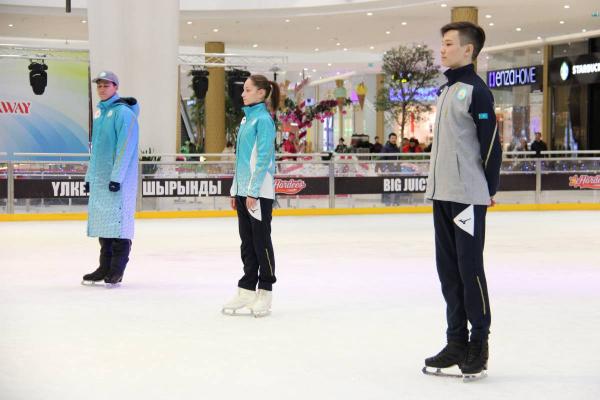 Пхенчхан-2018: Қазақстан құрамасының спорттық киімі таныстырылды