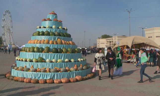 В Южно-Казахстанской области подводят итоги сбора урожая