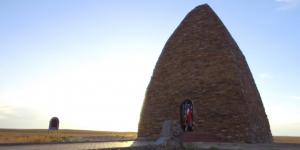 «Символы нашей родины». Восточно-Казахстанская область, мавзолей Козы-Корпеш и Баян Сулу, пещера Коныр Аулие
