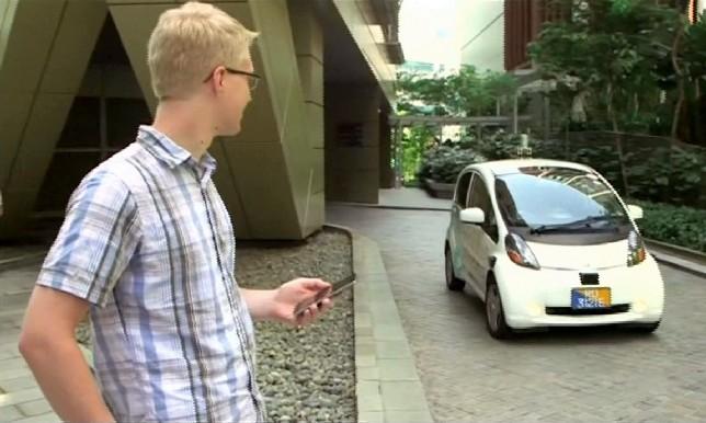 В Сингапуре начались испытания такси с автопилотом