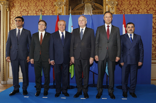 К. Абдрахманов: Казахстан открыт для самого широкого сотрудничества с французскими друзьями и соседями по региону