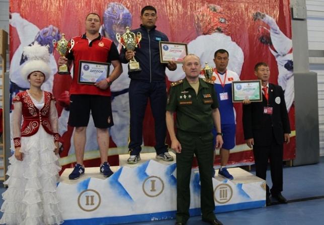 Военнослужащие РК стали лучшими в армейском рукопашном бою среди команд СНГ