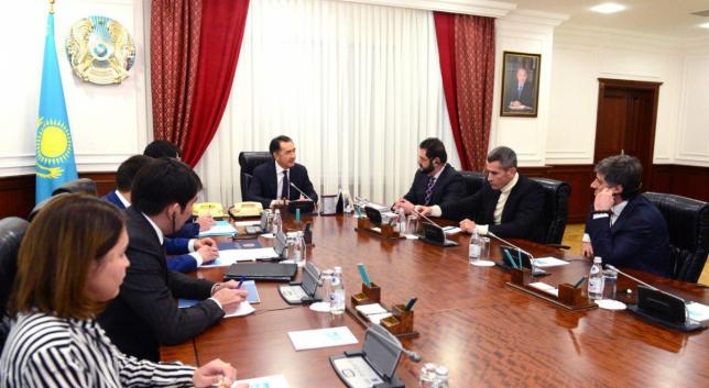 ҚР Премьер-Министрі халықаралық сарапшылармен кездесу өткізді