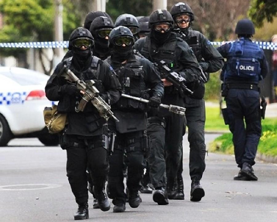 ВАвстралии вооруженный человек захватил заложников в промышленном районе Сиднея
