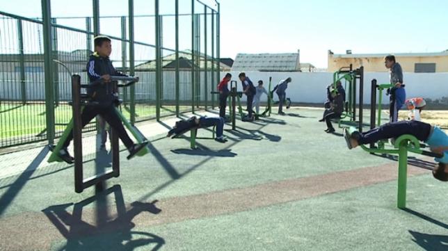 Мұнайлы ауданында заманауи спорт алаңы қолданысқа берілді